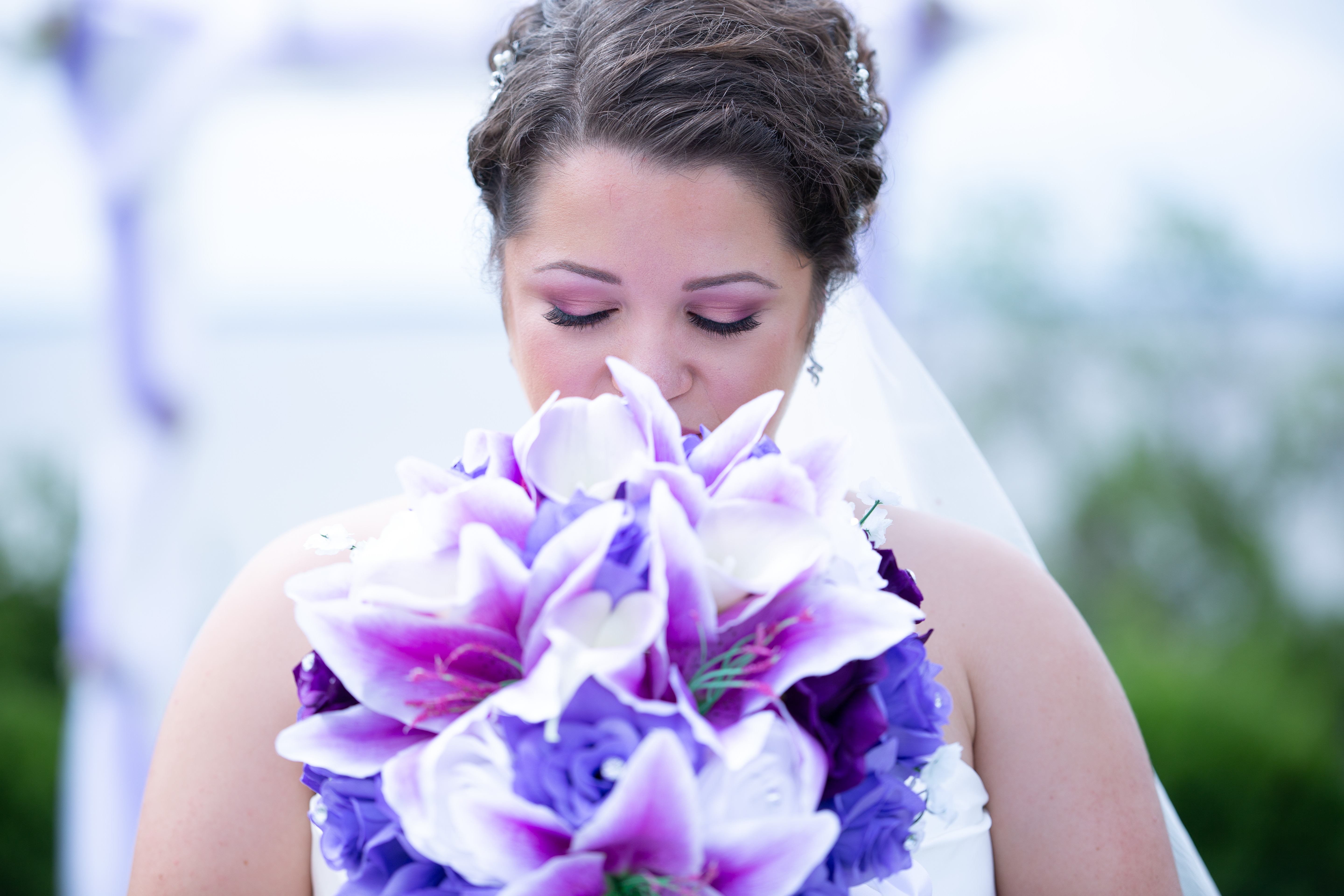 Wedding flowers at Koshkonong Mounds Country Club