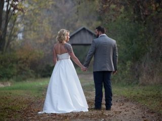 Wedding photography at Williams Tree Farm, Roscoe Wedding Photography,
