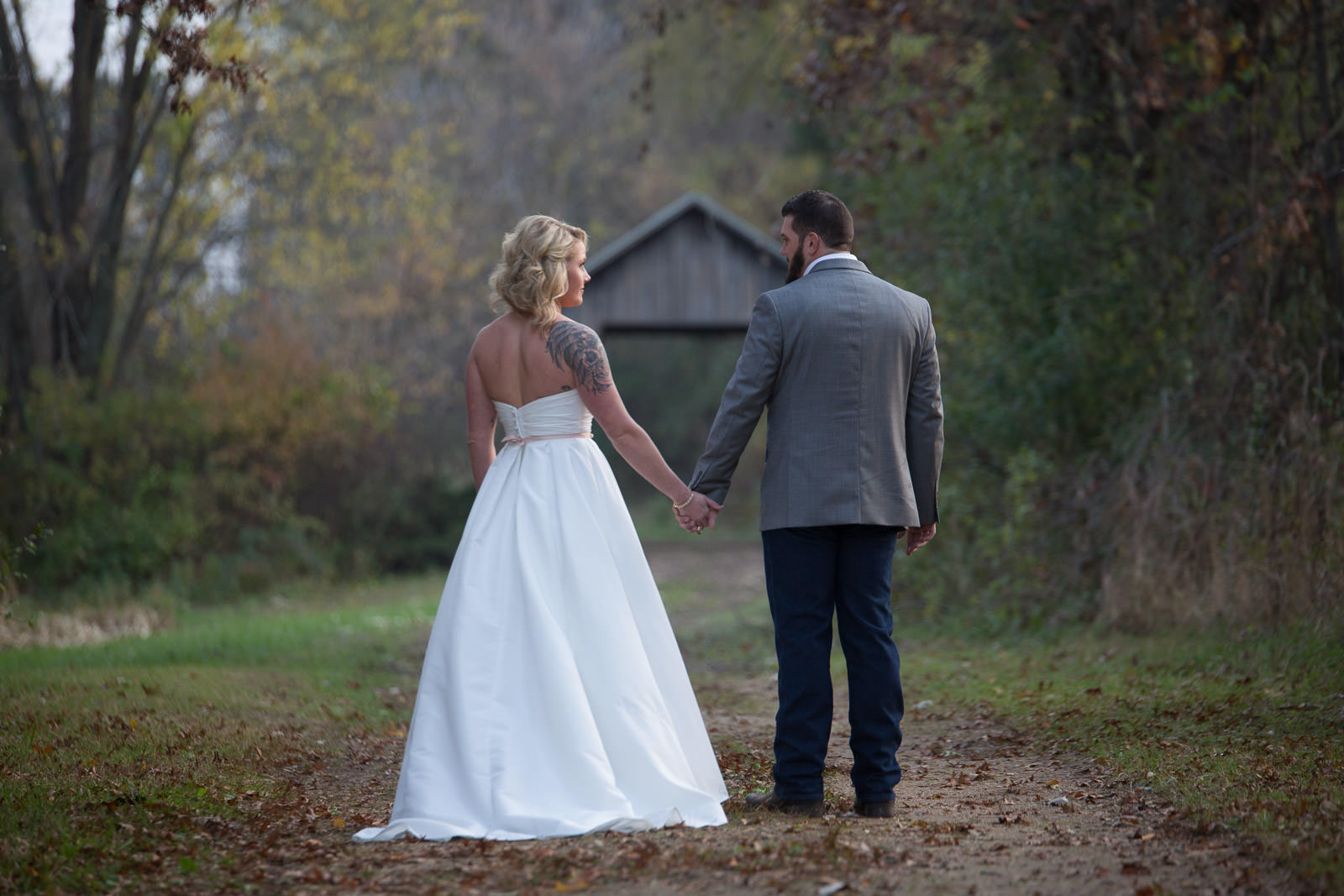 Wedding photography at Williams Tree Farm, Roscoe Wedding Photography,